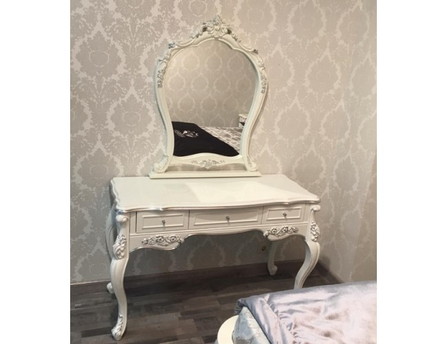 Туалетный столик с зеркалом/ Gianni Taccini