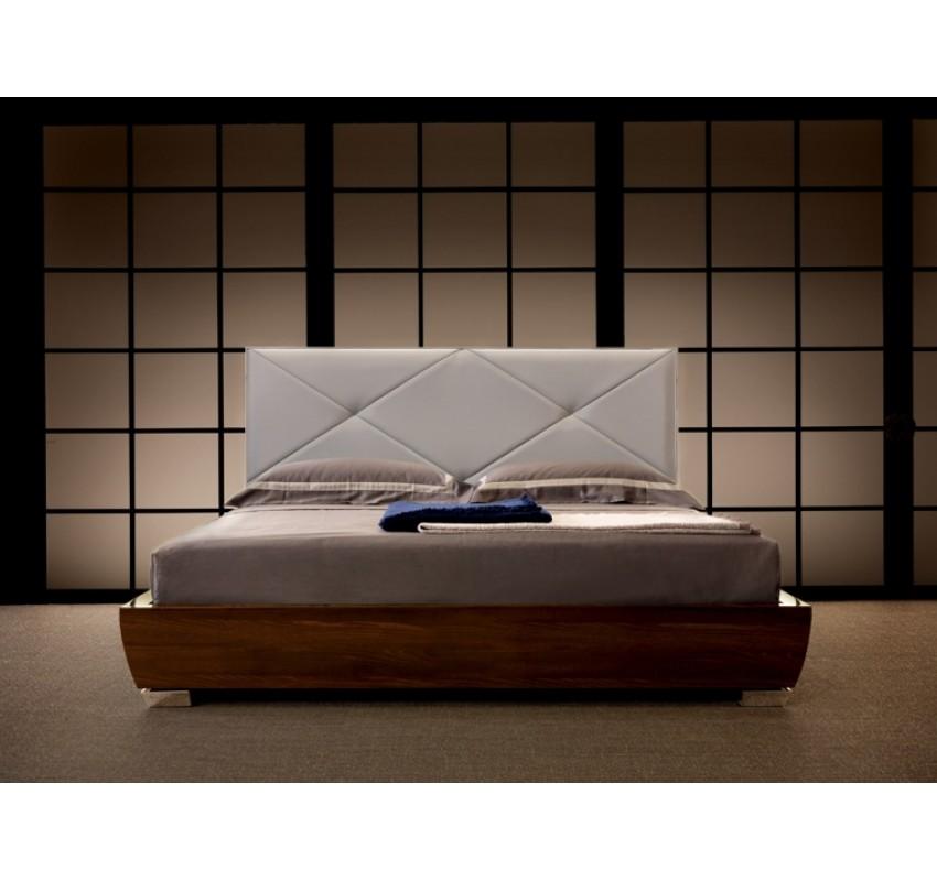 Кровать DC900 / Malerba