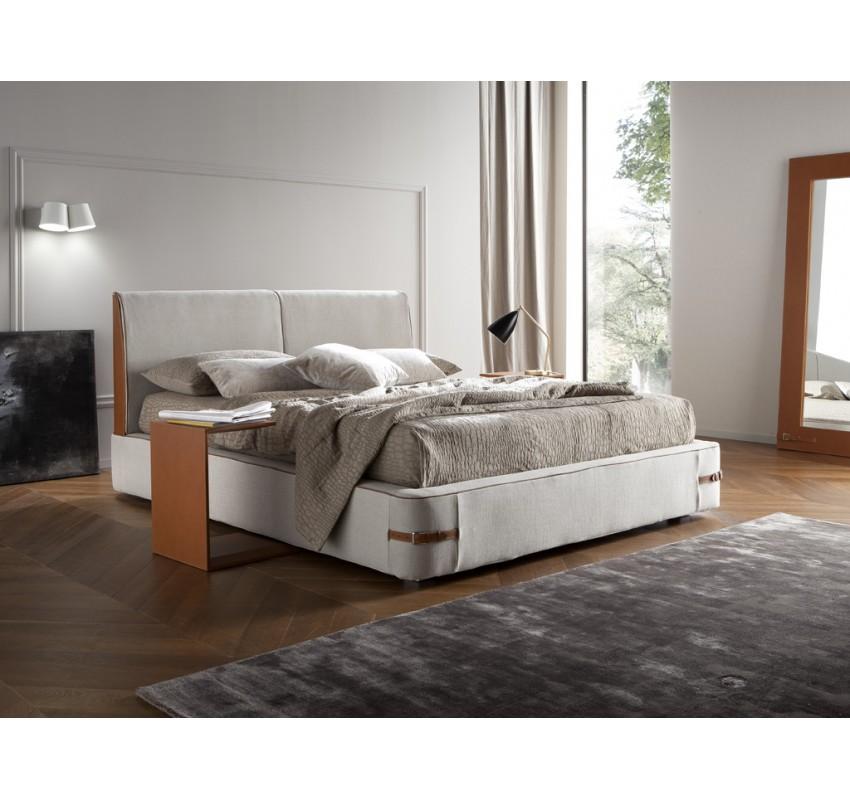 Кровать Sebastian / Chaarme